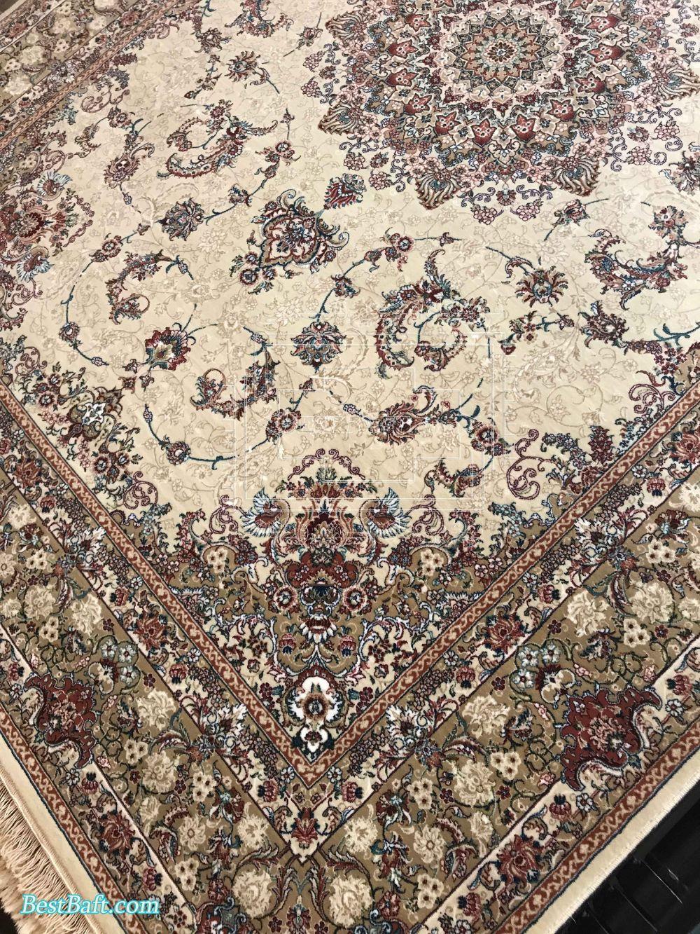 فرش مشهد کد 87010 کرمی 700 شانه