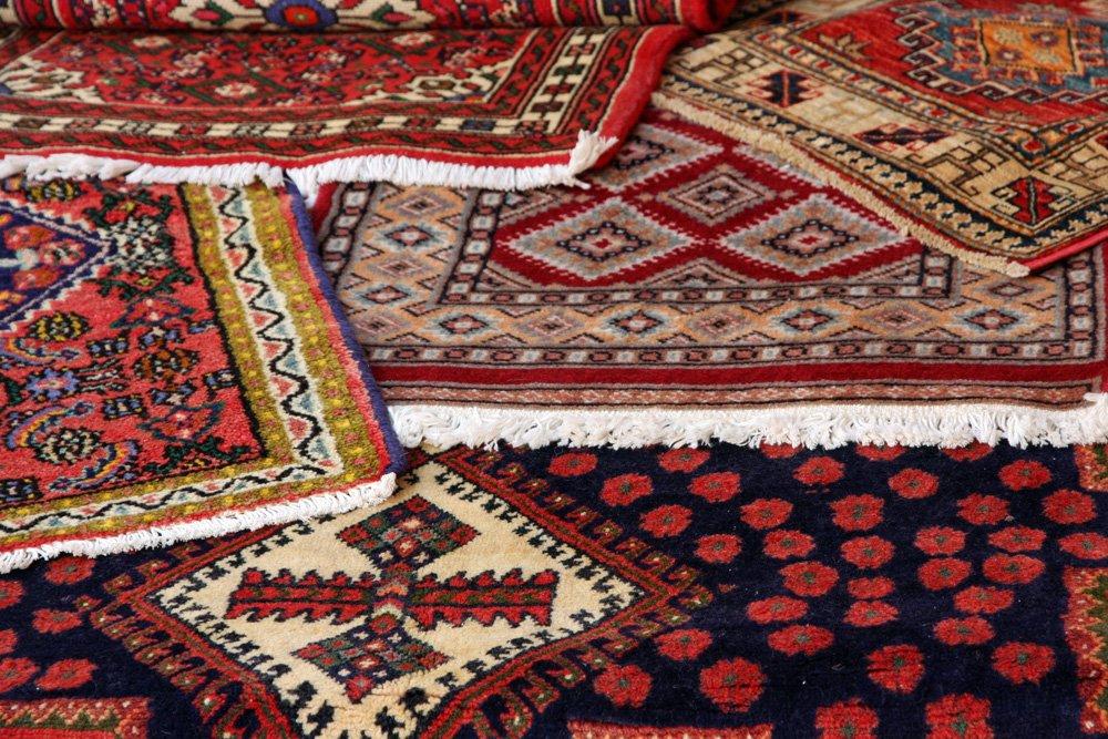 نگهداری از فرش دستباف فروشگاه اینترنتی فرش مشهد