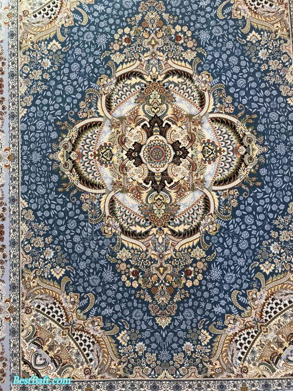 فرش ویکتوریا کاشان گل برجسته 100 شانه آبی فیروزه ای رنگ