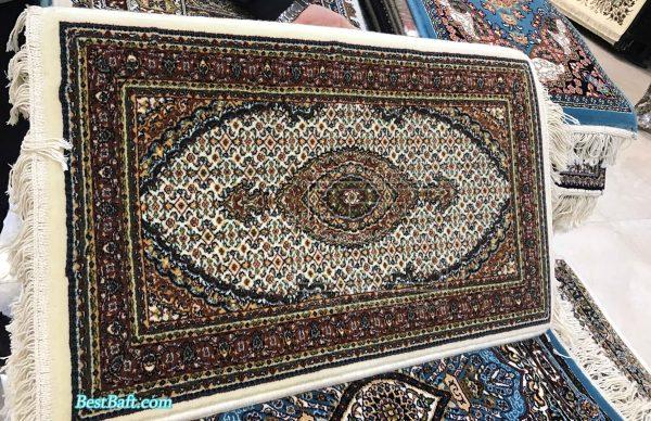 پشتی سنتی کد2520 فرش نگین مشهد 700 شانه کرم