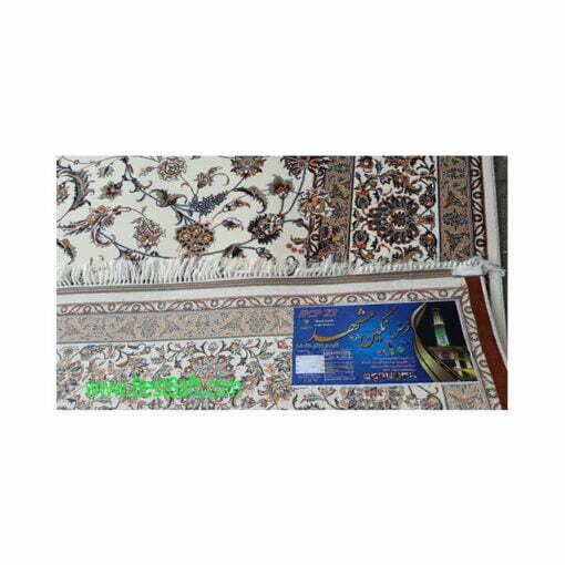 فرش کاشان 700 شانه تراکم 2550